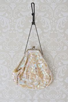 Vintage 1920s Sequin + Kiss Lock Handbag