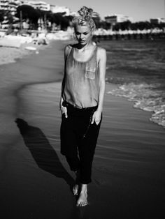 b+w beach
