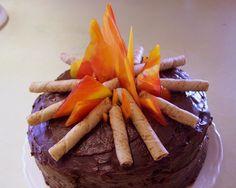 Cake Decorating - Campfire cake