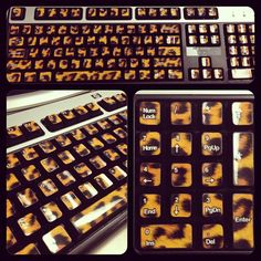 Leopard print keyboard<3 @Naomi Francois Francois Francois Ayala @Shannon Bellanca Bellanca Bellanca Medrano i need this!!