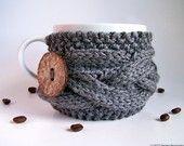 Cable knit mug sleeve