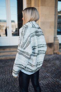 Piper O-Shape Jacket Ivory/Khaki – Karokauer Wedding Photographer Outfit, Models, Ivory, Pullover, Shapes, Sweaters, Outfits, Fashion, Beautiful Patterns