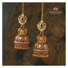 Navrathan - is one of the India's foremost, Gold & Diamond jewellery store located in Bangalore, India since We have an exquisite collection of wedding jewellery. Indian Jewelry Earrings, Gold Jhumka Earrings, Indian Jewelry Sets, Ear Jewelry, Bridal Jewelry, Diamond Jhumkas, Gold Jewelry, Antique Earrings, Temple Jewellery