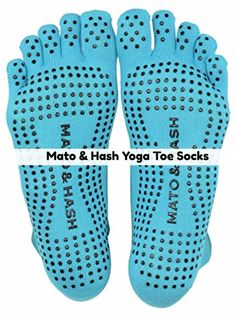 If you're doing yoga, a must-have accessory are yoga socks. Here are 10 best yoga socks for your workout that are perfect for travel, studio or home. Workout Essentials, Workout Gear, Best At Home Workout, At Home Workouts, Toe Exercises, Grey Interior Design, Yoga Socks, Yoga Accessories, At Home Gym