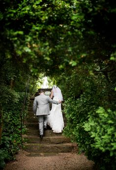 Oatlands Historic House & Gardens- May 2015 outdoor garden wedding; Borrowed & Blue; old stone steps; boxwoods; Lovesome Photography.