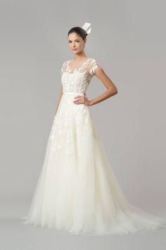 Fall 2015 Designer Wedding Dresses - Couture Wedding Dress Designers - Harper's BAZAAR - Carolina Herrera