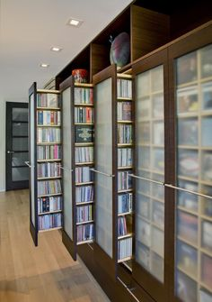 Book organization - dust free books