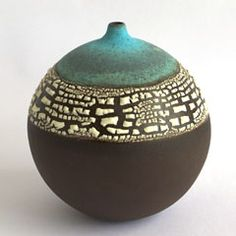 Emma Williams. ... @ivannairem .. https://tr.pinterest.com/ivannairem/ceramics-pottery-ll/