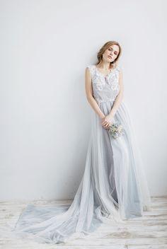 Non White Wedding Dresses, Wedding Dress Low Back, Luxury Wedding Dress, Classic Wedding Dress, Backless Wedding, Princess Wedding Dresses, Bridal Dresses, Discount Dresses, Custom Dresses