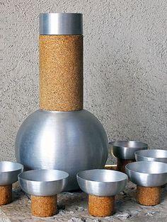 Russel Wright spun aluminum cocktail set. Retro Kitchen Accessories, Bar Accessories, Russel Wright, Machine Age, Second Hand Stores, Vintage Bar, Cocktails, Drinks, Bar Tools