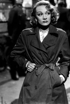 Marlene Dietrich, 1948, in A Foreign Affair. | vintage 1940s trench coat