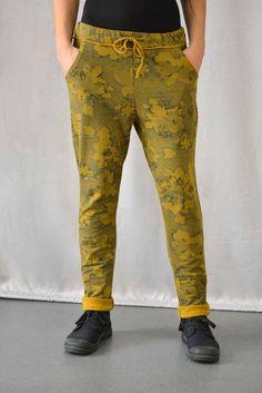 Γυναικείο παντελόνι φούτερ  PANT-5010-mu  Παντελόνια > Παντελόνια Parachute Pants, Fashion, Moda, Fashion Styles, Fashion Illustrations