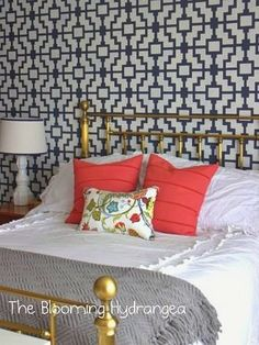 i want a vintage brass bed like this, no rhyme or reason to it, I just decided I… Dream Bedroom, Home Bedroom, Master Bedroom, Bedroom Decor, Bedrooms, Brass Bed, Brass Headboard, Up House, Big Girl Rooms