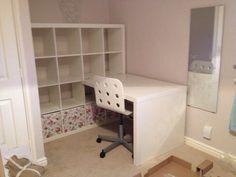 kallax workstation in kids room Kallax Desk, Ikea Kallax Shelf Unit, Expedit Regal, Desk Storage, Craft Storage, Ikea Home, Country Interior, White Desks, Home Office Design