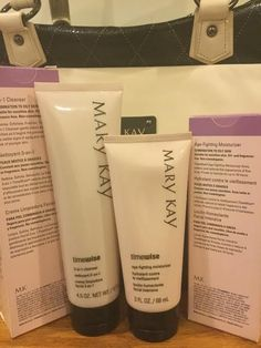Mary Kay TimeWise 3-in-1 Cleanser & Age-Fighting Combination/Oily Retail $ 44.00