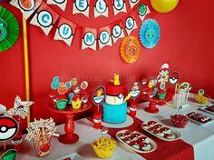 Candy Bar Pokemon Pokemon Table, Pokemon Candy, 6th Birthday Parties, 4th Birthday, Birthday Ideas, Pikachu, Dragon Ball, Pokemon Birthday, Minion Party