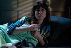 Dead to Me Hits Close To Home, Dead To Me, Don't Speak, Netflix Series, Episode 3, Season 2, Script, My Photos, Tv Shows