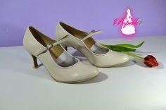 Svatební i společenské lodičky retro styl Model Katrina T-styl. Pravá kůže ivory, svatební boty, svatební obuv, svadobné topánky, svadobná obuv, obuv na mieru, topánky podľa vlastného návrhu, pohodlné svatební boty, svatební lodičky, svatební boty na nízkém podpatku, nude boty, boty v telové barvě, svatební boty na nízkém podpatku, balerínky, pohodlné svatební boty, Retro svadobné lodičky ivory. Character Shoes, Dance Shoes, Fashion, Dancing Shoes, Moda, Fashion Styles, Fashion Illustrations