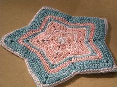 crocheted potholder by mahgoosmom, via Flickr & Ravelry