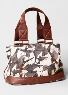 Fluttering Birds Handbag. Save 20% on this from Brooklyn Industries with #mothersday coupons here http://www.couponfinder.com/s/251587/Brooklyn-Industries-coupons