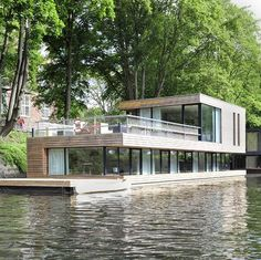 Modern Floating House Architecture Around the World - Floating Architecture, Interior Architecture, Villa Am Meer, Houseboat Living, Water House, Floating House, Rustic Design, My House, House Design