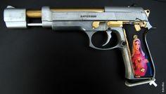 Romeo + Juliet /Wanted Pistol Project - Completed! Custom Guns, Mens Gear, Cool Guns, Guns And Ammo, Retro Futurism, Romeo And Juliet, Firearms, Shotguns, Hand Guns