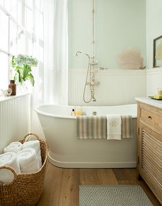 Bath Salts by Benjamin Moore. <3 Bathtub <3 Jenny Wolf Interiors. Interior Design Ideas