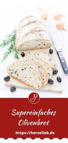 Brot Rezepte, Grillen Rezepte: Tolles Rezept für ein Olivenbrot von herzelieb mit Zwiebeln, Oliven und Kräutern. Ganz simpel, schnell und einfach zu backen und genial lecker. Eine tolle Beilage zum Grillen, zum Dippen oder einfach zum Abendbrot #herzelieb