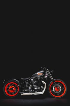 Kawasaki W650 Hardtail by Deus I would have gone orange in the wheels to match the tank insignia and wrapped the pipes
