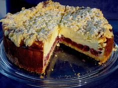 Käsekuchen mit Kirschen und Streuseln, ein gutes Rezept aus der Kategorie Kuchen. Bewertungen: 45. Durchschnitt: Ø 4,5.