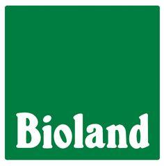 Neben dem #Bio-Siegel der EU und dem staatlichen deutschen Bio-Siegel gibt es auch einige Zertifikate, die über die Mindeststandards hinausgehen, zum Beispiel das Siegel des Anbauverbandes Bioland. Mehr lesen in unserem #Blog: https://www.kaufhaus.com/blog/Bioland-Fuer-eine-nachhaltige-Landwirtschaft--38