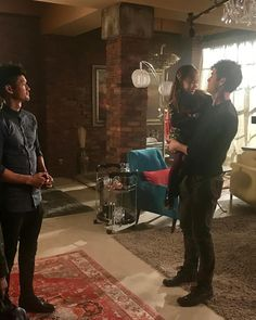 and Madzie behind the scenes of Season Shadow Hunters Book, Constantin Film, Shadowhunters Season 3, Magnus And Alec, Shadowhunters The Mortal Instruments, Matthew Daddario, Alec Lightwood, The Infernal Devices, Best Husband