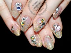 Megumi Mizuno: Editorial and salon nails photos