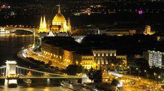Crucero Fluvial El Bello Danubio Azul Ii - Budapest Iluminado - Hungría