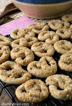 Pretzel Cookies - A delicious salty-sweet cookie that is easy to make and perfect with tea! So good!