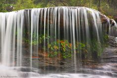 Weeping Rock Waterfall, Blue Mountains, Australia (by -yury-)