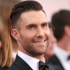 Pin for Later: Maroon 5 kümmern sich um einen kleinen Jungen mit Downsyndrom