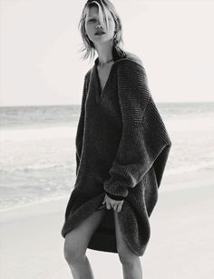 Hana, Jirickova, Luxury, Oversized, Knits, Winter, Fashion, Vogue, Editorial, Magazine, Oracle, Fox
