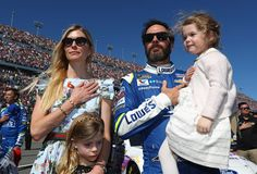 Take 5: What we learned from Texas  By Holly Cain | Monday, April 10, 2017  Off week  Plans for NASCAR's first Cup off-weekend -- this coming weekend -- naturally varied by driver. Ryan Blaney said he had been hoping to go to London with Chase Elliott -- his first visit there. But those plans changed over the weekend and he figures he'll head to Colorado.  MORE...   Photo: 5 / 5