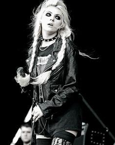 70s punk fashion women 14