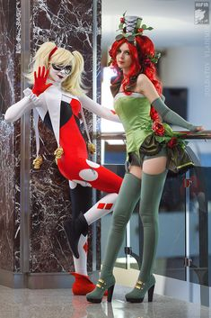 Hot Harley Quinn & Poison Ivy Cosplay