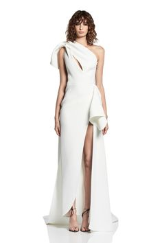Dream Wedding Dresses, Wedding Gowns, Prom Dresses, Formal Dresses, Minimalist Gown, Minimalist Dresses, Minimalist Fashion, Designer Evening Gowns, Gowns Online