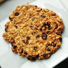 Single serving, made in the microwave, 175 calories- it works for me!  Oatmeal Chocolate Chip Cookie