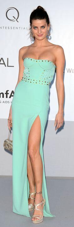 Isabeli Fontana in Versace