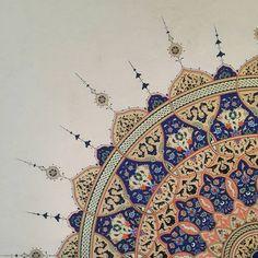 Yeditepe Bienali Uluslararası Hat ve Tezhip sergisi çalışmam. #yeditepebienali #ktsv #Ayasofya #tezhip #tezhipsanatı #islamicart…
