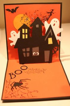 by figaro – Cards and Paper Crafts at Splitcoaststamper… Halloween Haunted House! by figaro – Cards and Paper Crafts at Splitcoaststampers Cricut Halloween Cards, Scrapbooking Halloween, Halloween Pop Up Cards, Photo Halloween, Halloween Paper Crafts, Halloween Party Supplies, Halloween Birthday, Halloween Projects, Holidays Halloween