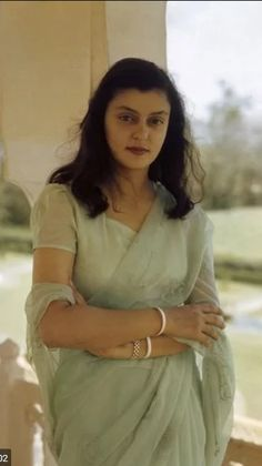 Gayatri Devi, who was born as Princess Gayatri Devi of Cooch Behar, was the third Maharani consort of Jaipur. She held this position from 1940 to 1949 and came to be so titled because of her marriage to Maharaja Sawai Man Singh II. Royal Fashion, Indian Fashion, Saree Fashion, Ethnic Fashion, Maharani Gayatri Devi, Royal Indian, Indian Princess, Vintage India, Vintage Bollywood