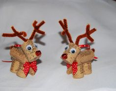 Set of 4 Wine Cork Reindeer Ornaments Rudolph by ReconditionaILove Recycled Christmas Tree, Christmas Crafts For Kids, Christmas Art, Christmas Projects, Holiday Crafts, Christmas Gifts, Wine Cork Ornaments, Reindeer Ornaments, Diy Christmas Ornaments
