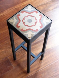 Mesita Bonita : What to do with all these orphan tiles ? I am presenting you this collection of unique mini tables at the mini pice of 295€. If you fall for a specific style, give me a shout and treat yourself or a loved one... For info : benedictebodard@gmail.com www.mesabonita.es You will also find me on Pinterest: Barcelona Tiles Mesa Bonita - www.mesabonita.es https://www.facebook.com/pages/Mesa-Bonita/115206696959?ref=hl https://instagram.com/mesabonitabcn/