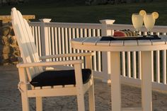 """POLYWOOD™ Round 36"""" Bar Height Table"""